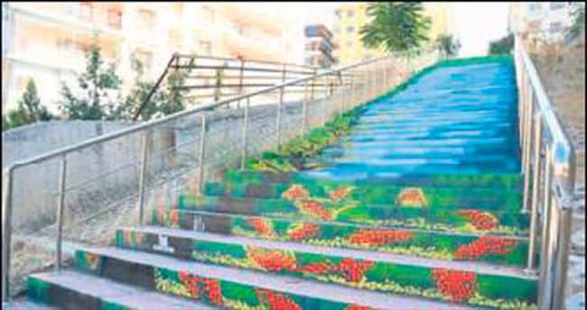 Renkli merdivenler beğeni topladı