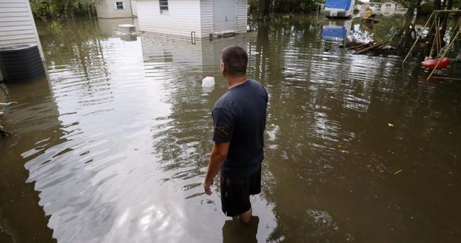 ABD'deki sel felaketinde 13 kişi hayatını kaybetti