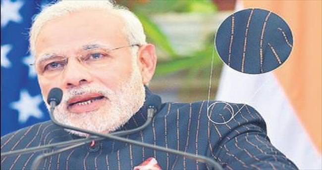 Modi'nin takım elbisesi rekor fiyata alıcı buldu