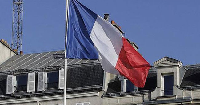 Fransa Fırat Kalkanı operasyonundan memnun