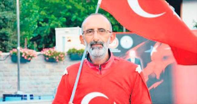 Şehitlere vefa için Ankara'ya yürüdü