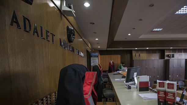 Ankara'da 8 askeri hakim ve savcı tutuklandı!