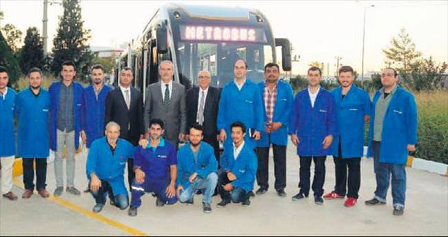 290 yolcu kapasiteli metrobüs üretiliyor