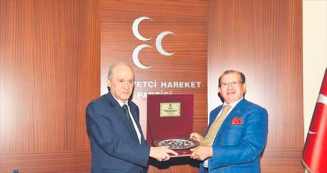 Kent Konseyi heyeti, MHP lideri Bahçeli'yi ziyaret etti