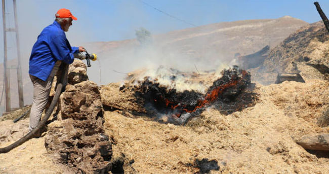 Köyde yangın: Hasar büyük!