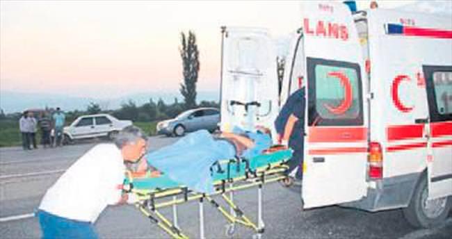 Alaşehir'de kaza 1 ölü, 27 yaralı