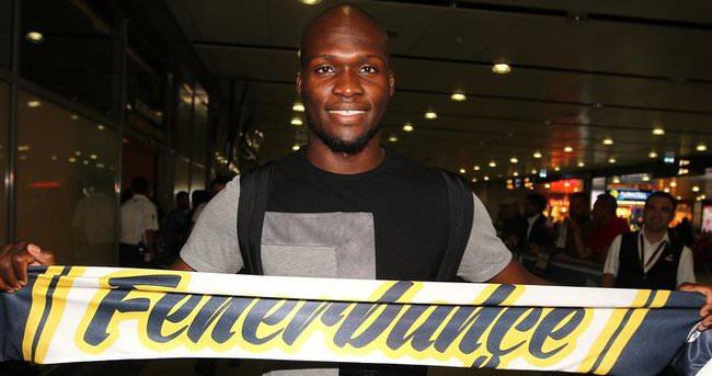 Moussa Sow Fenerbahçe için İstanbul'da