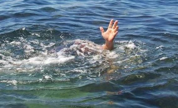 Samsun'da denize giren 3 genç boğuldu