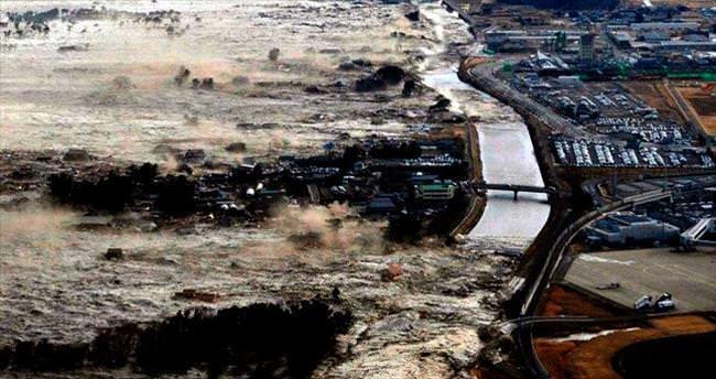 7.1'lik deprem sonrası tsunami uyarısı yapıldı