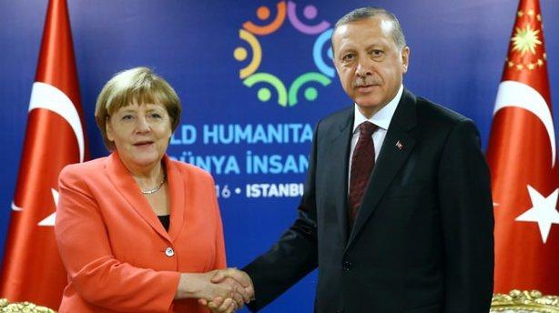 Erdoğan-Merkel görüşmesinin saati belli oldu!