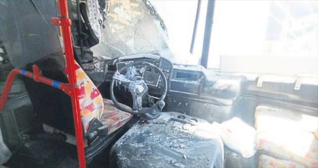 Yolcu minibüsü duvara tosladı: 7 kişi yaralandı