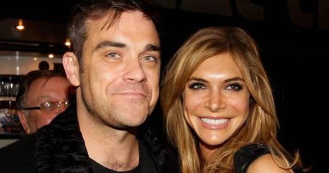 Robbie Williams terk ettiği eşiyle barıştı
