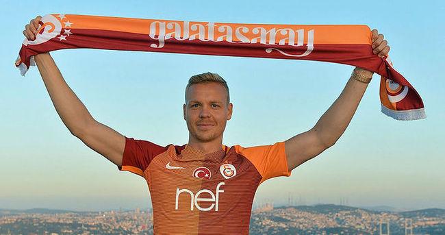 Galatasaray'da Sigthorsson ameliyat oldu