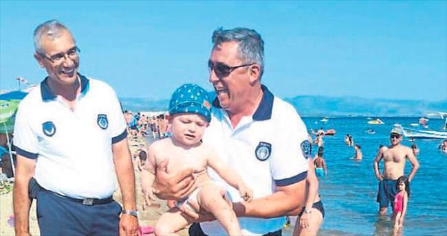 Büyükşehir Belediyesi Sahil Zabıta Timleri güven veriyor
