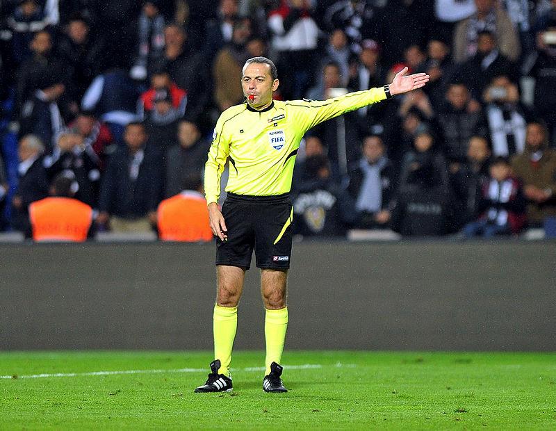 Cüneyt Çakır Fenerbahçe ye şanslı geliyor