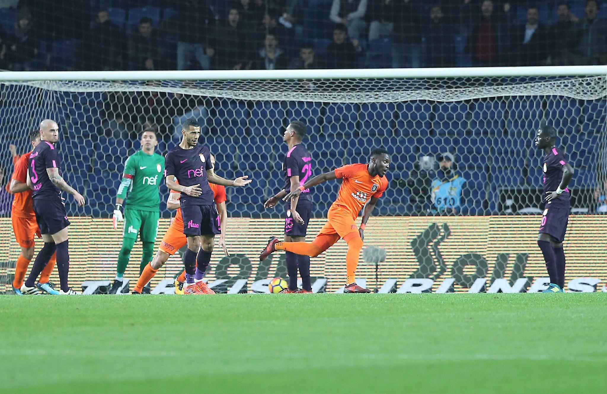 SABAH Spor yazarları Medipol Başakşehir-Galatasaray maçını değerlendirdi