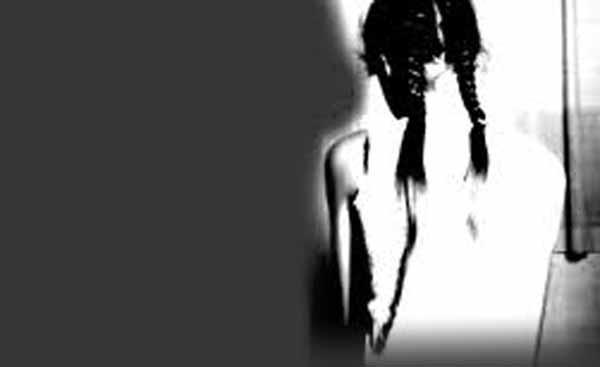 11 yaşındaki kız çocuğuna 13 yaşındaki arkadaşı tecavüz etti!