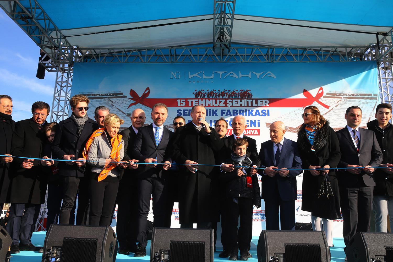 Cumhurbaşkanı Erdoğan NG Kütahya 15 Temmuz Şehitleri Seramik Fabrikası'nı açtı