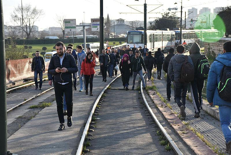 Teknik arıza nedeniyle tramvay seferleri durdu