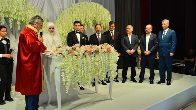İstanbul müftüsü ilk resmi nikahını kıydı