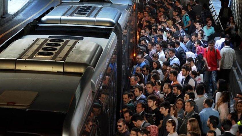 İstanbul'da metrobüs tacizcisine 14 yıl hapis istemi