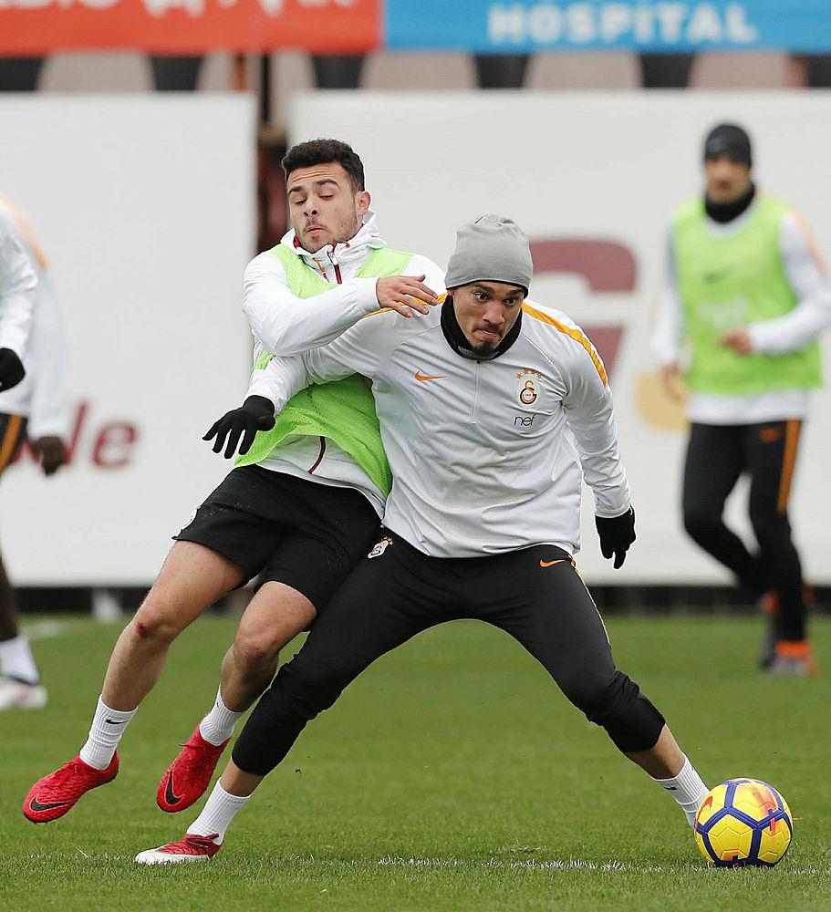 Galatasaray'da Trabzonspor maçı hazırlıkları sürüyor