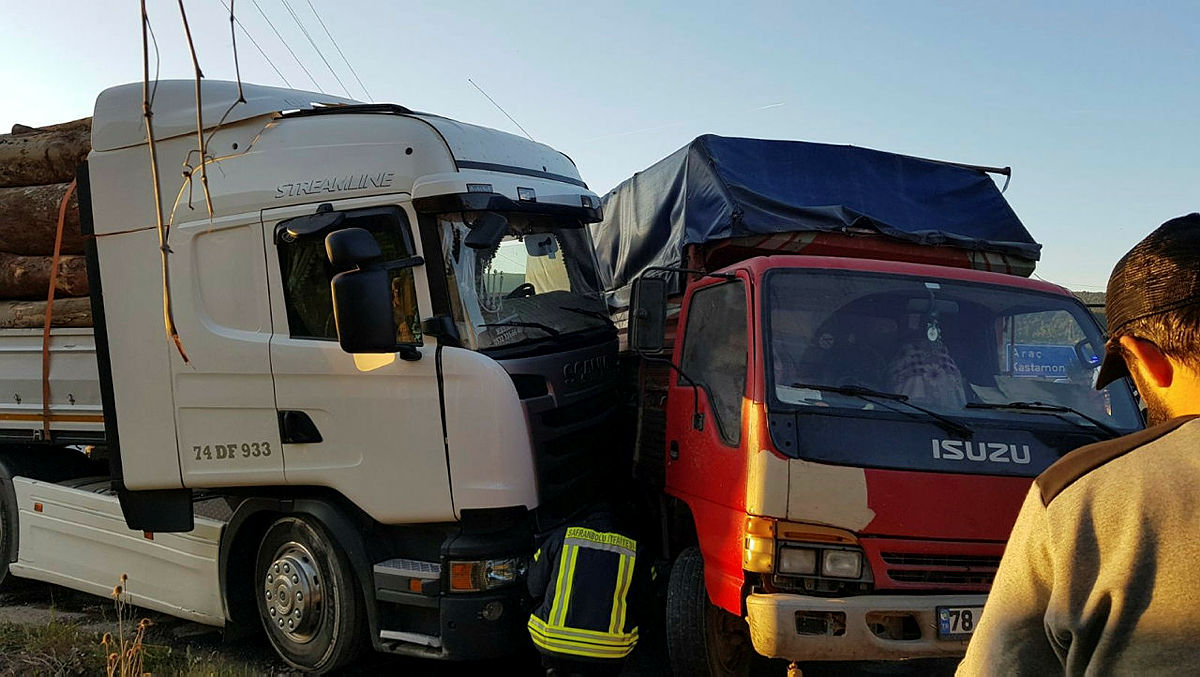 Son dakika: Karabük'te feci kaza: 17 yaralı