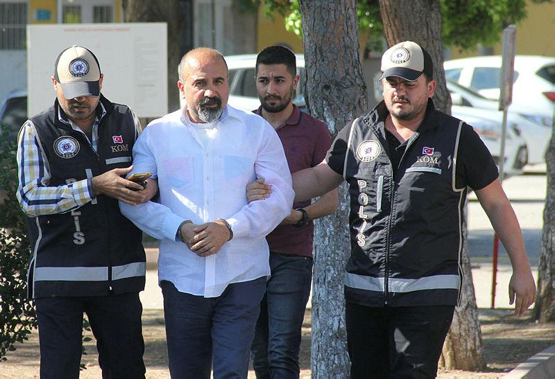 Adana polisi, cinayet zanlısını Bodrum'da balık yerken yakaladı