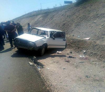 Konya da otomobil takla attı 3 yaralı