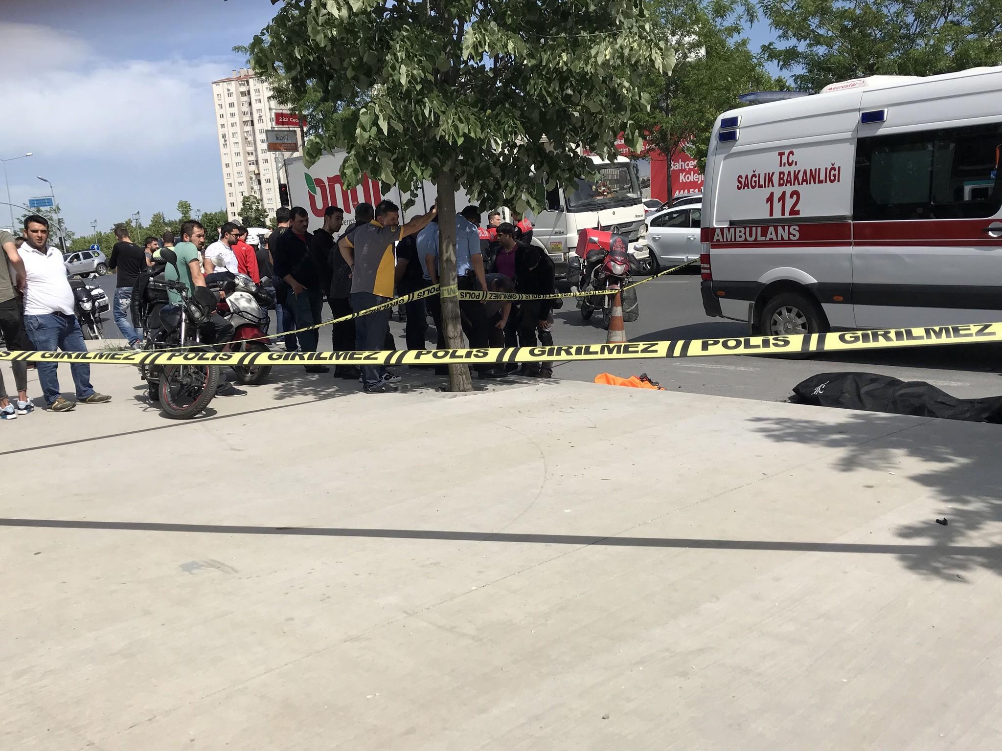 Kavşaktaki kaza genç motosiklet sürücüsünün sonu oldu