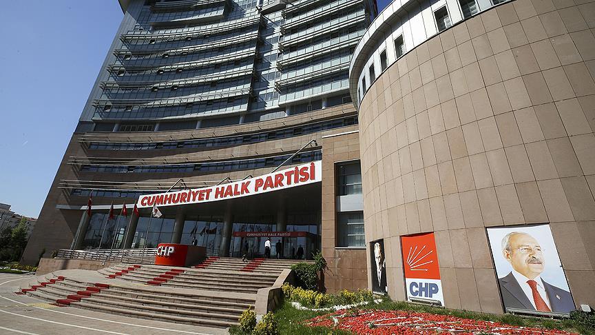 CHP'de büyük liste krizi! 13 kişi istifa etti