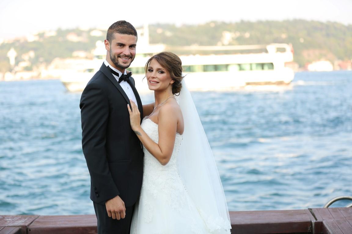 Berk Oktay ve Merve Şarapçıoğlu boşanıyor mu