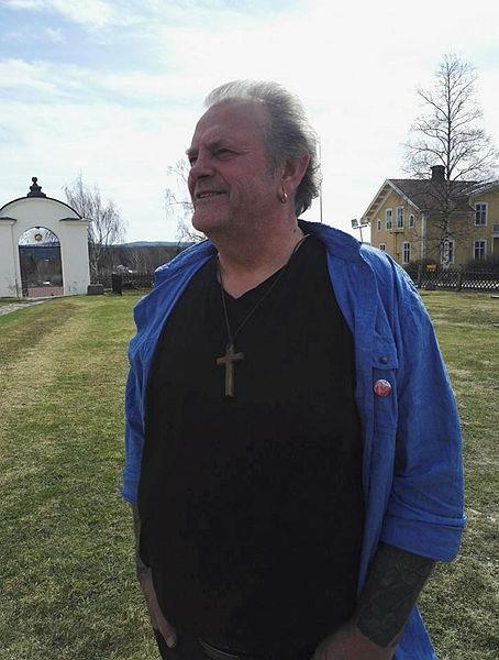 İsveçli papazın makalesi paylaşım rekoru kırdı