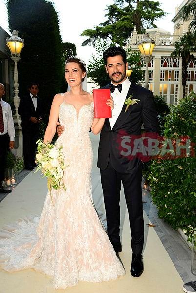 Fahriye Evcen ile Burak Özçivit evlilikleri için önlem aldılar!