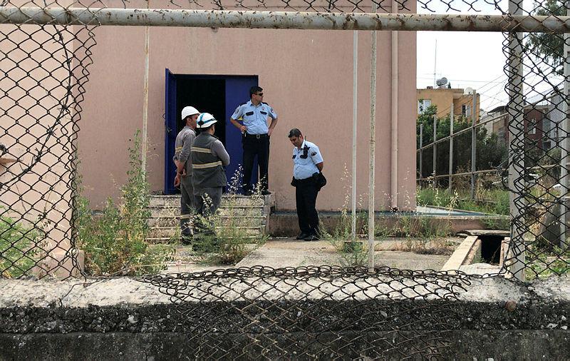 Adana'da kablo çalmak için trafoya giren 2 hurdacı, akıma kapıldı