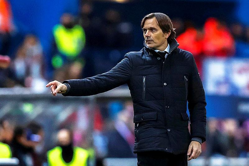 Phillip Cocu'dan PSV'ye 126 milyon Euro