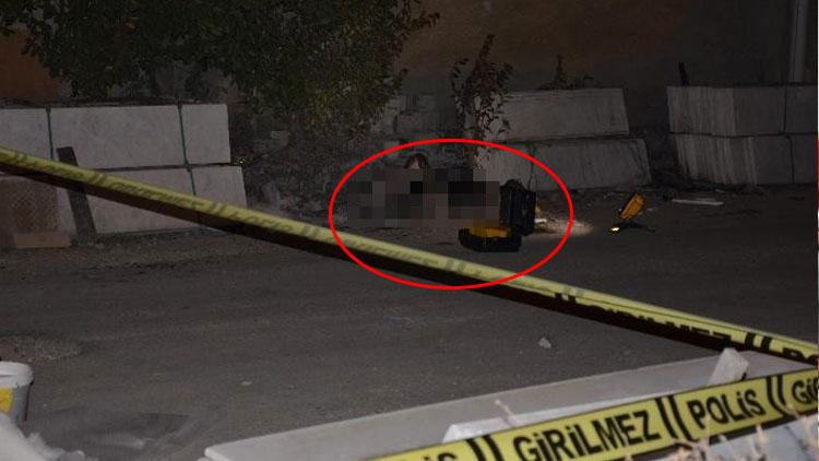 Eskişehir'de feci olay! Yanan cesedi cansız manken sandılar…