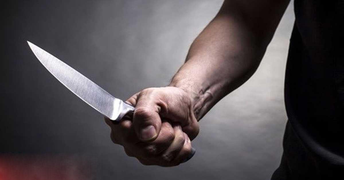 Bıçakladığı arkadaşını sağlık merkezine götürdü