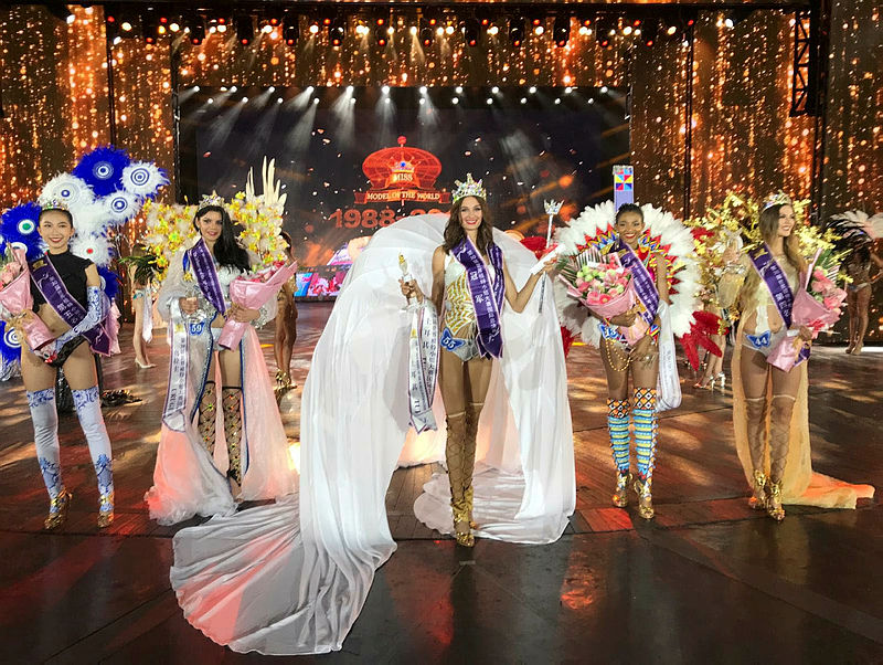 Pınar Tartan, Dünya Mankenler Kraliçesi Yarışması'nda 1. oldu