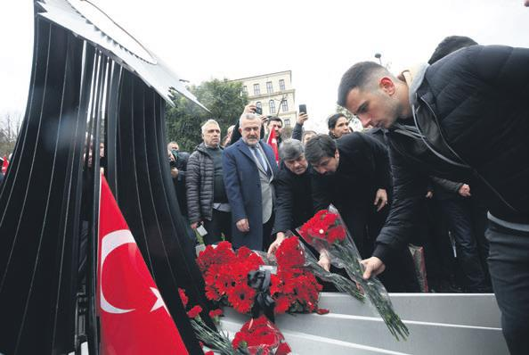 Beşiktaş şehitleri andı