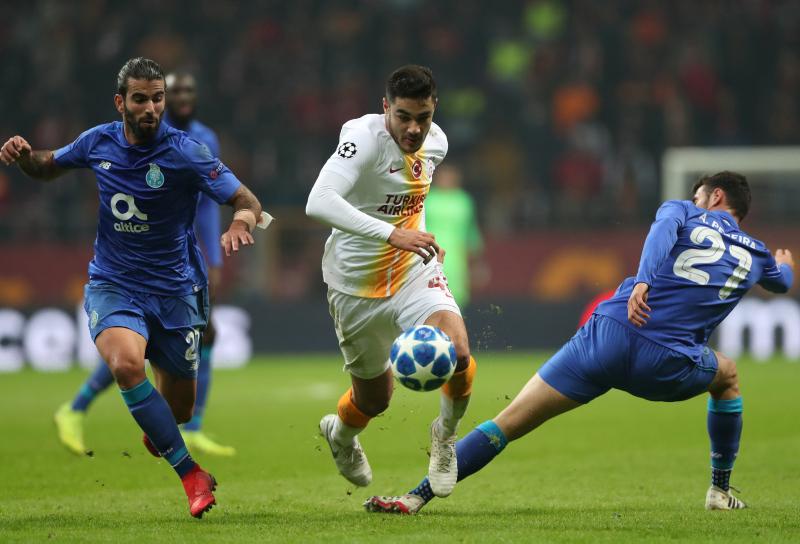 Son dakika: Galatasaray, Ozan Kabak'ın sözleşmesini uzattı