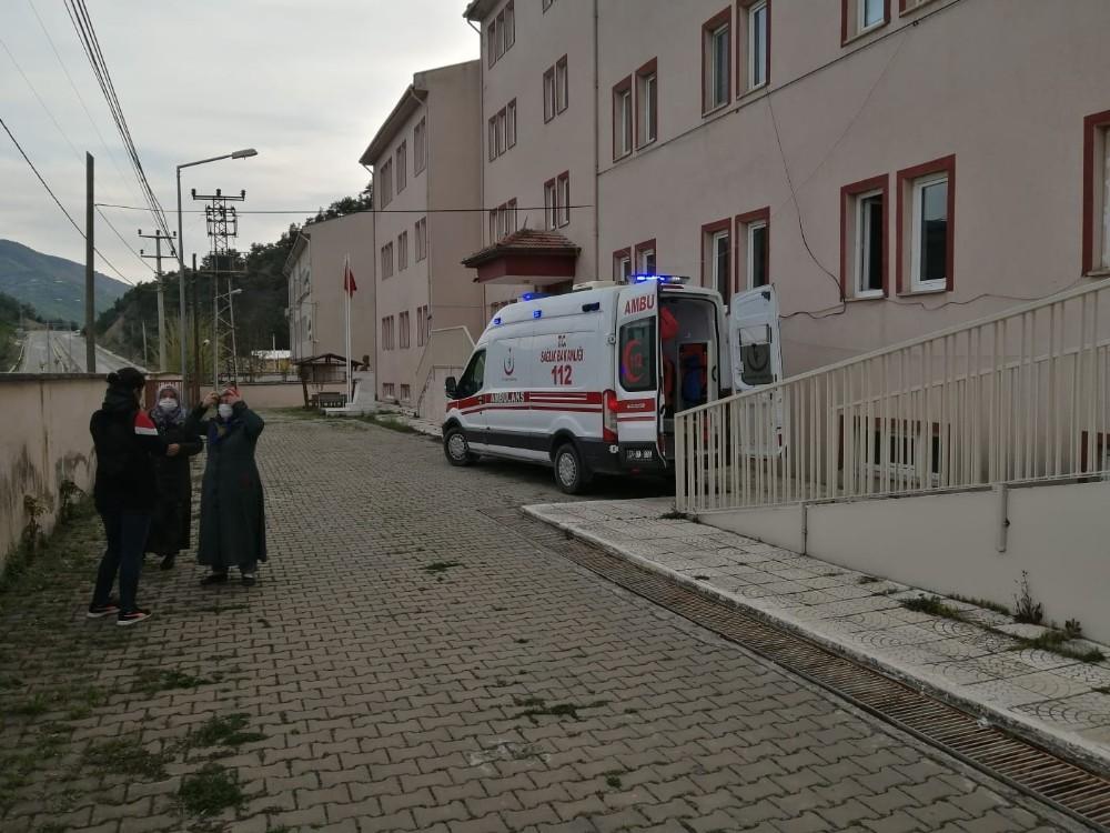 Kastamonu'da traktör devrildi: 1 ölü, 1 yaralı