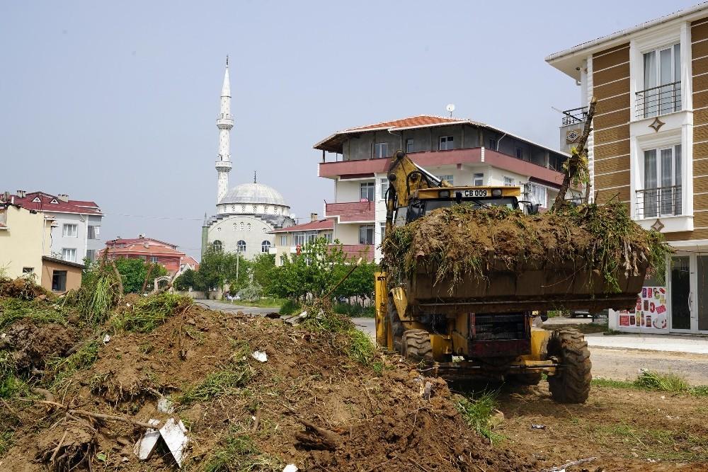 Çorlu'da genel temizlik çalışmaları sürüyor