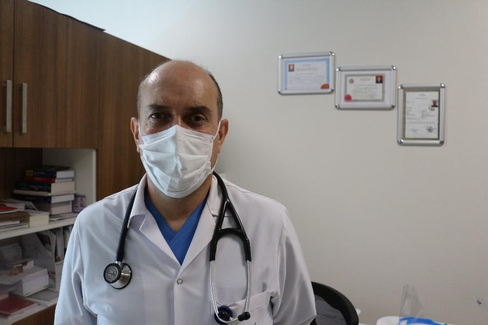 """Dr. Özotuk: """"Şeker hastaları şekerli gıdalardan uzak durmalı"""
