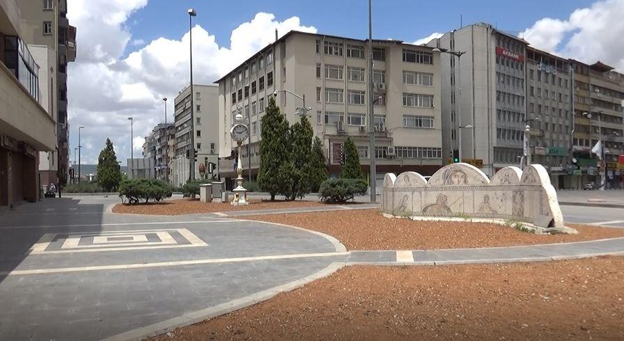 Gaziantep'te caddeler boş kaldı