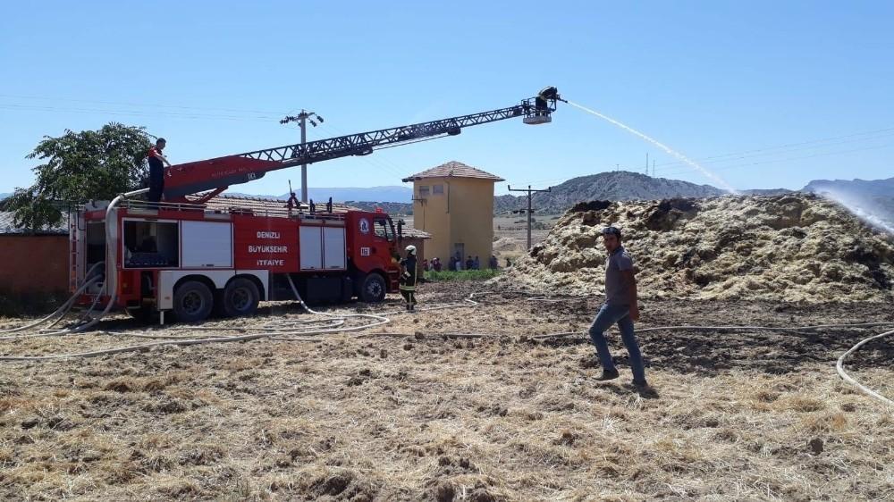 Saman yığınında çıkan yangın paniğe neden oldu