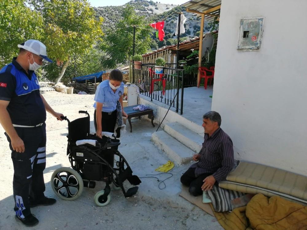 Büyükşehir, engelli vatandaşların yüzünü güldürmeye devam ediyor