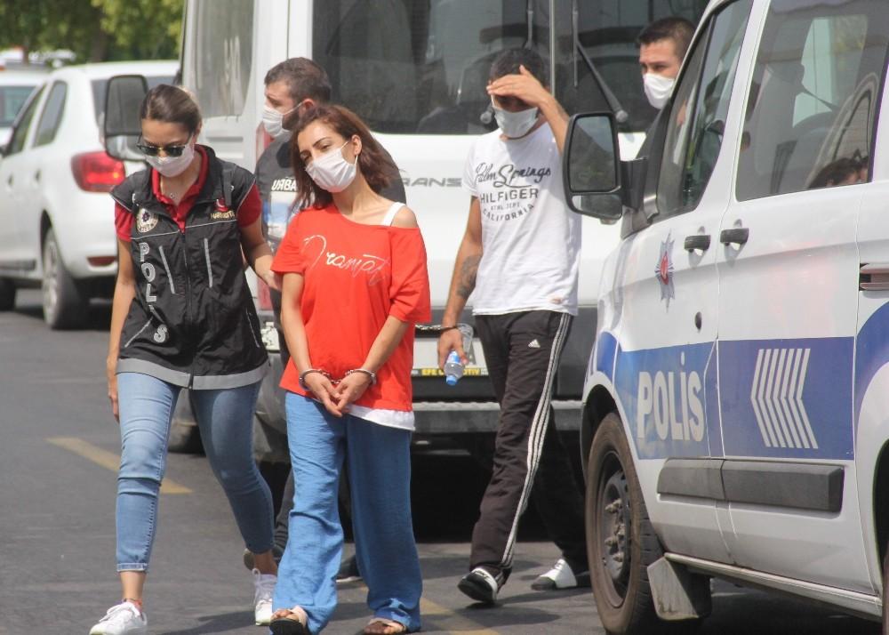 Adana'da uyuşturucu operasyonu: 1'i kadın 3 kişi gözaltında - Adana  Haberleri