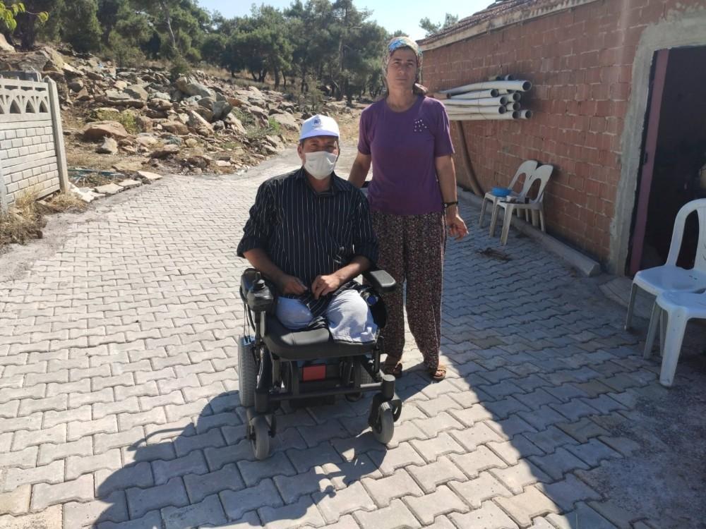 Engelli vatandaşın yüzünü güldürdüler