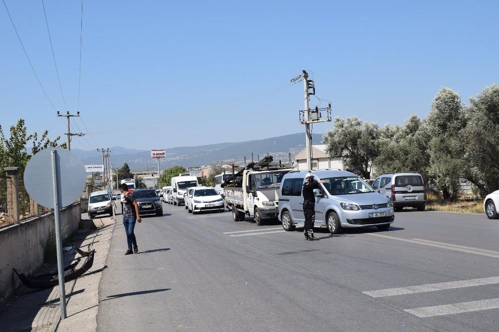 İzmir'deki tehlikeli virajda radar uygulaması